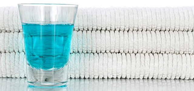 How to Choose the Mouthwash that's Right for You